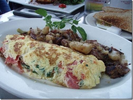La Isla breakfast
