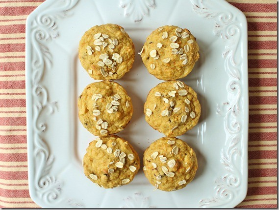 Pinapple carrot muffins