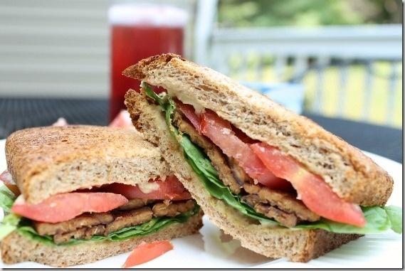 Hummus tempeh sandwich