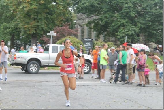 Rhinebeck Mad Sash 10K sprint finish