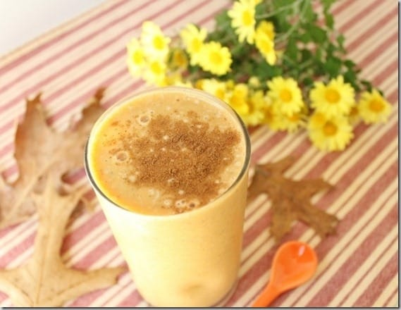 Pumpkin Banana Smoothie - tastes like pumpkin pie in your glass!