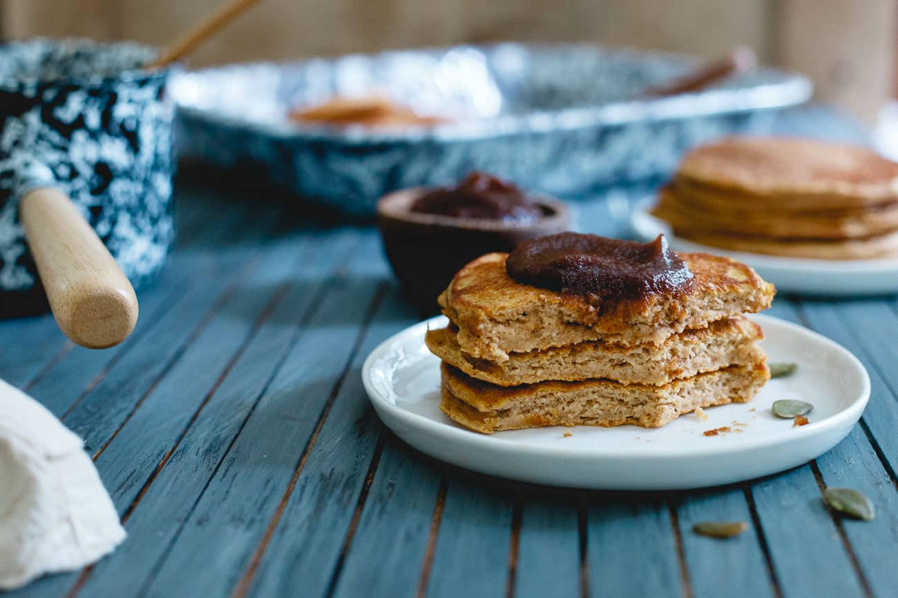 Get your pumpkin fix in for breakfast with these pumpkin protein pancakes!