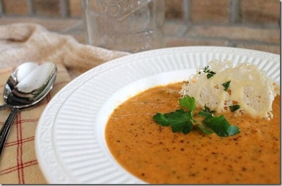 Creamy Tomato Soup that tastes just like Panera's