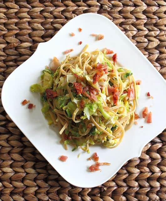 Pasta with brussels sprouts, bacon and sun-dried tomatoes