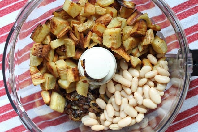 Roasted parsnip and caramelized onion puree ingredients