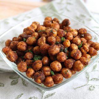 Spicy Cinnamon Roasted Chickpeas