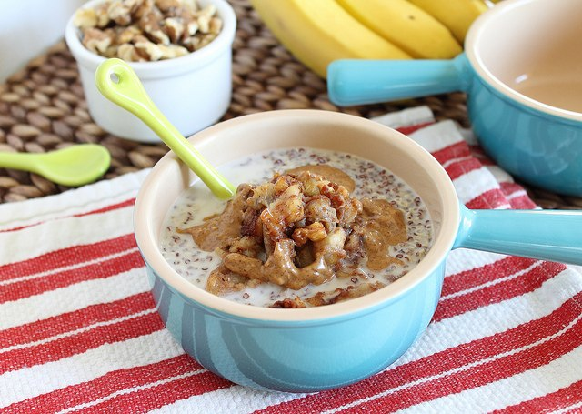 Quinoa cereal with caramelized bananas