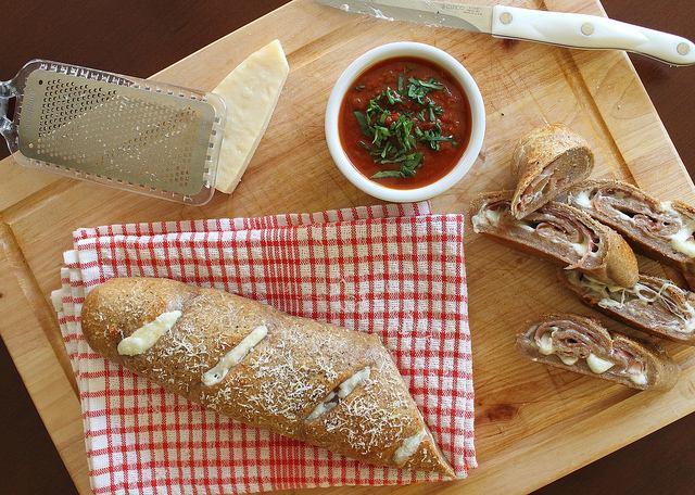 Stromboli with prosciutto