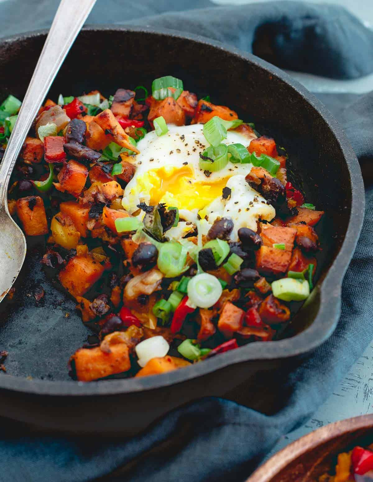 This harissa sweet potato hash is a simple, comforting meal great for breakfast, lunch or dinner!