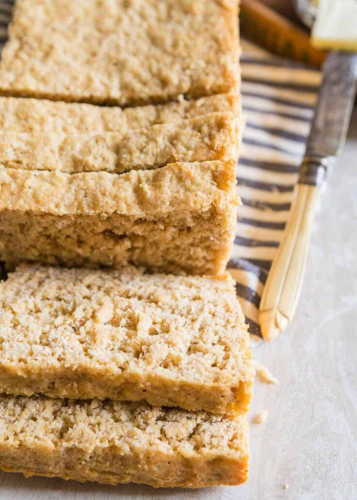 Easy Homemade Oat Bread