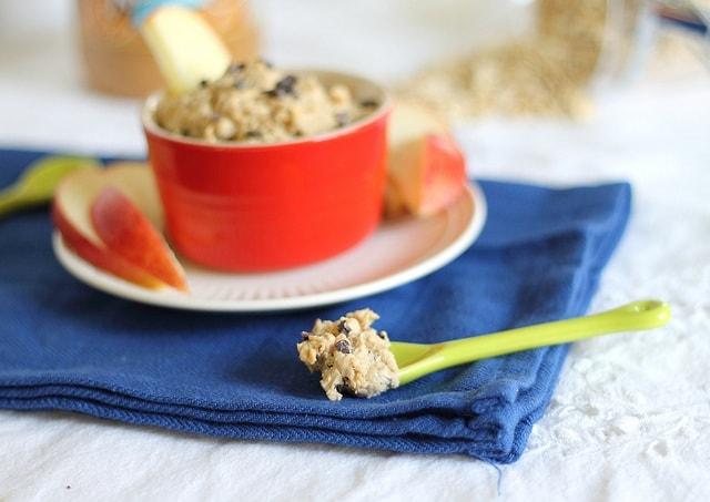 Healthy Peanut Butter Cookie Dough Dip
