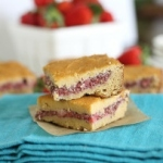 WIAW: Strawberry chia powercake bars