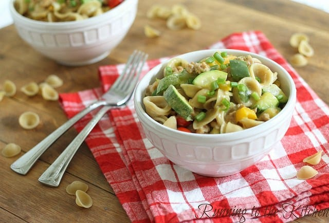 This spicy sausage mac and cheese is a super cheesy and creamy healthy mac 'n cheese with chicken sausage and whole wheat pasta.