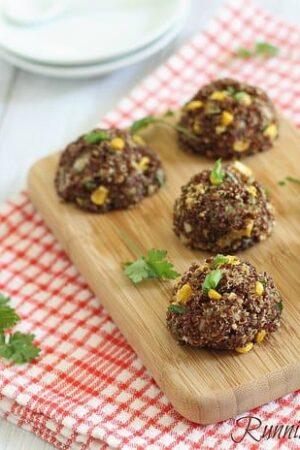 Cheddar quinoa bites