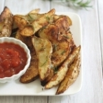 Perfectly crispy rosemary baked fries