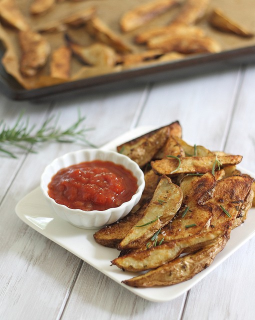 Perfectly crispy baked fries
