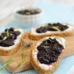 Blueberry Ginger Jam & Crostini (156x180)