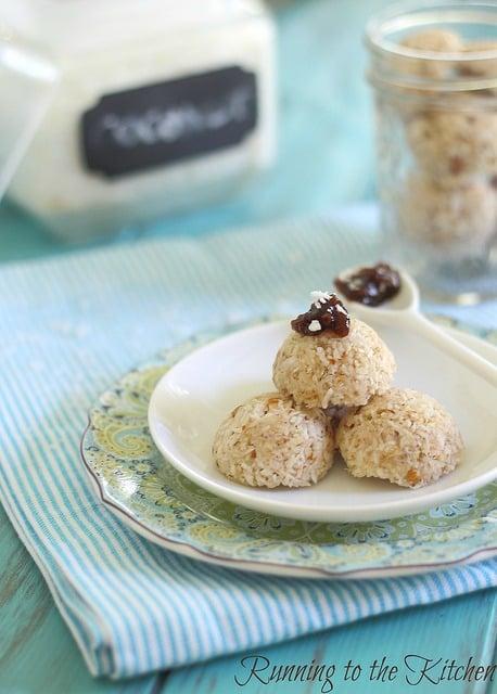 Coconut almond no bake macaroons