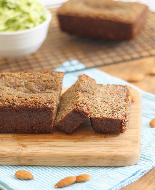 Zucchini bread (paleo)