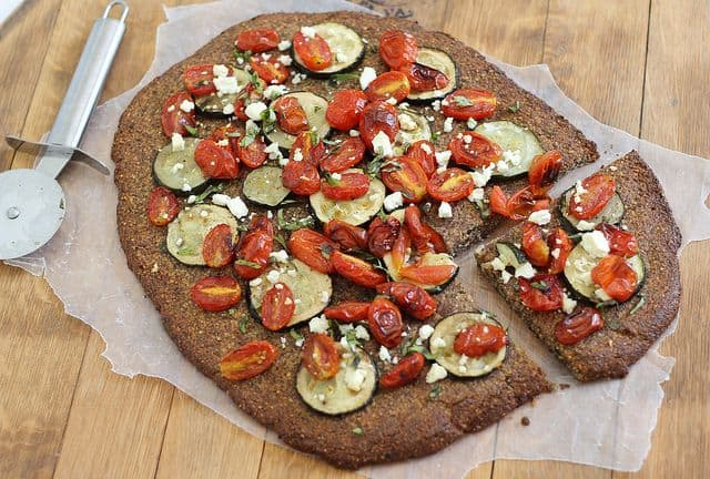Roasted tomato and zucchini pizza