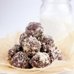Healthy Nutella dough balls