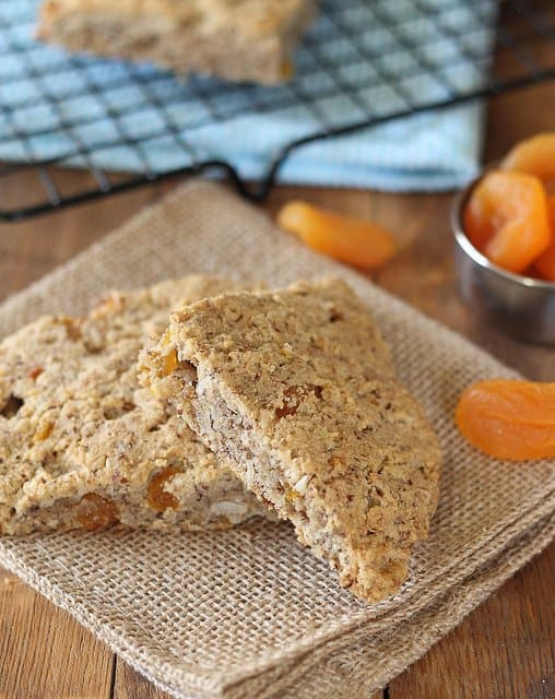 Coconut scones with apricots