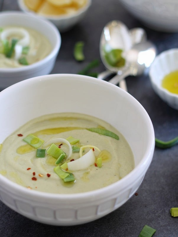 Roasted Cauliflower and Leek Soup