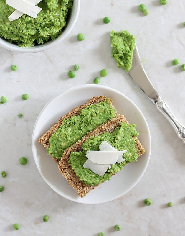 This minty pea and avocado spread is great as a pesto, dip or spread.