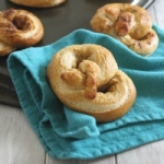 Homemade pretzels {video}