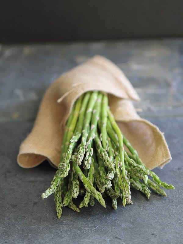 Lemon roasted asparagus