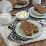 Healthy cinnamon raisin bread