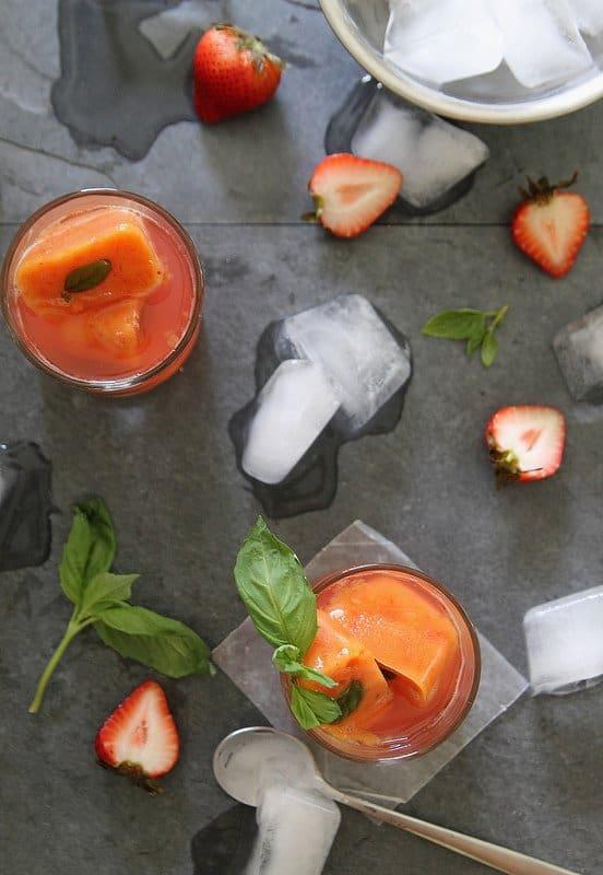 strawberry daiquiri with nectarine ice cubes