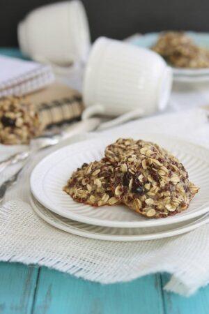 Oatmeal Raisin Quinoa Breakfast Cookies   runningtothekitchen.com
