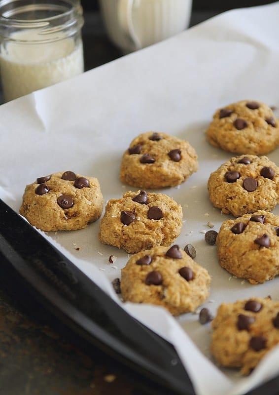 Brown Butter Sweet Potato Chocolate Chip Cookies | runningtothekitchen.com