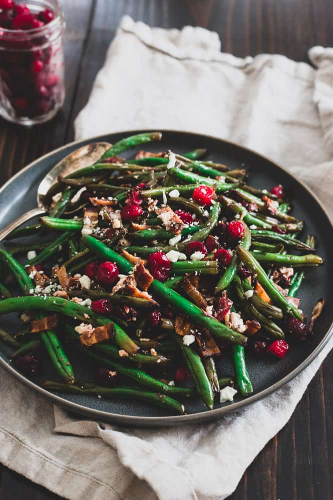 ad18d679e666 These green beans with cranberries, bacon and goat cheese are an explosion  of flavor and