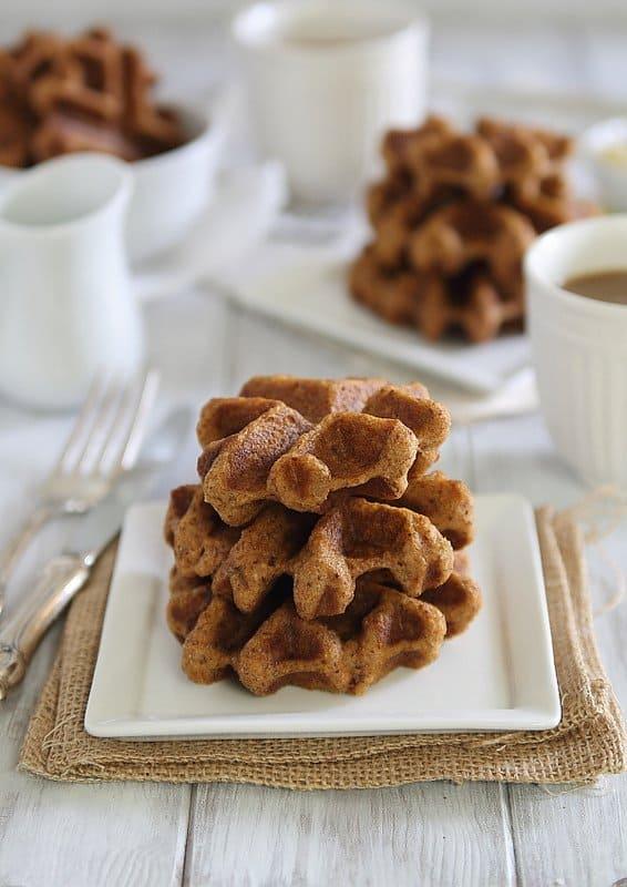 Pumpkin Ginger Waffle Bites | runningtothekitchen.com