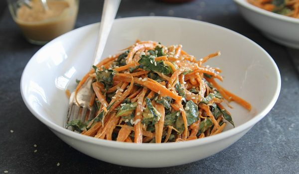 Spicy thai carrot and kale salad