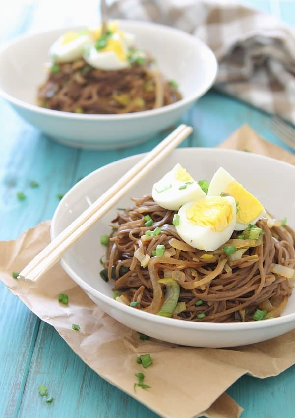 These soba noodles with leeks, sweet onions and egg are an easy and delicious vegetarian meal.