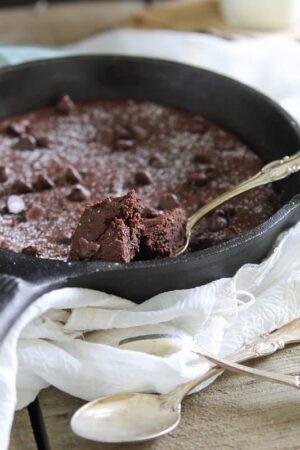 Paleo cast iron skillet brownies