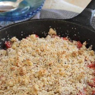 Paleo Strawberry Ginger Crisp