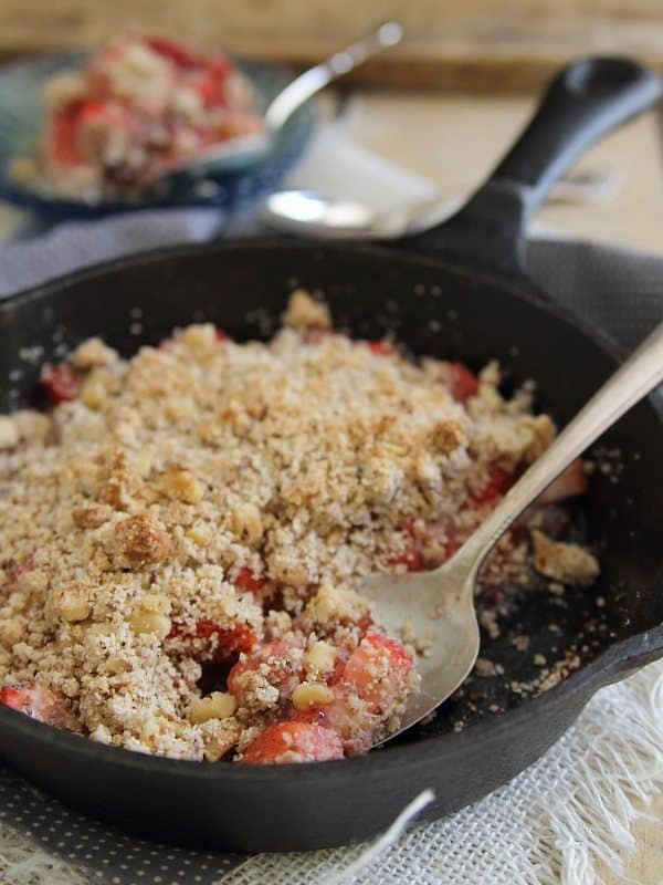Paleo strawberry ginger crisp is a lovely combination of sweet and spicy and the perfect option for an easy delicious dessert.