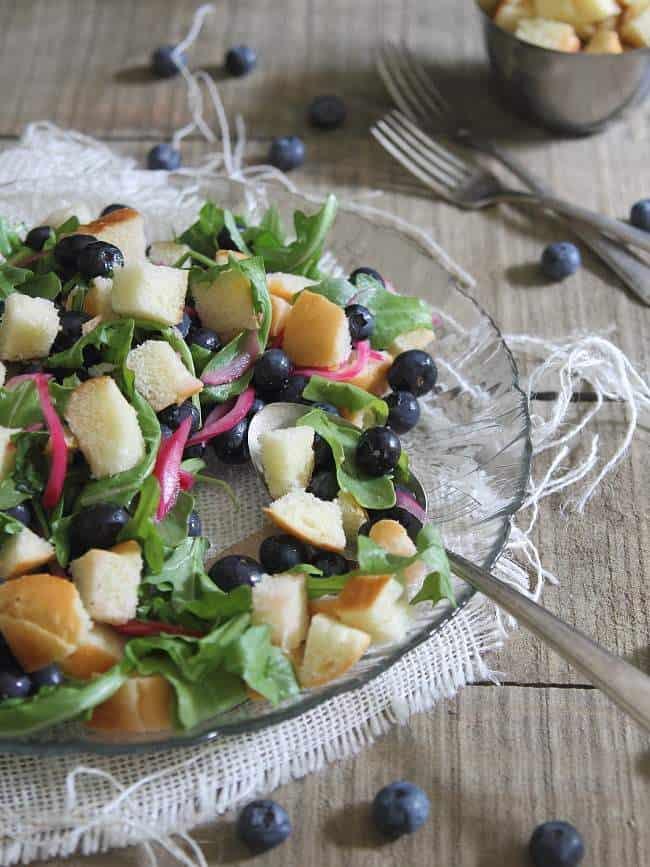 Quick pickled blueberry panzanella salad