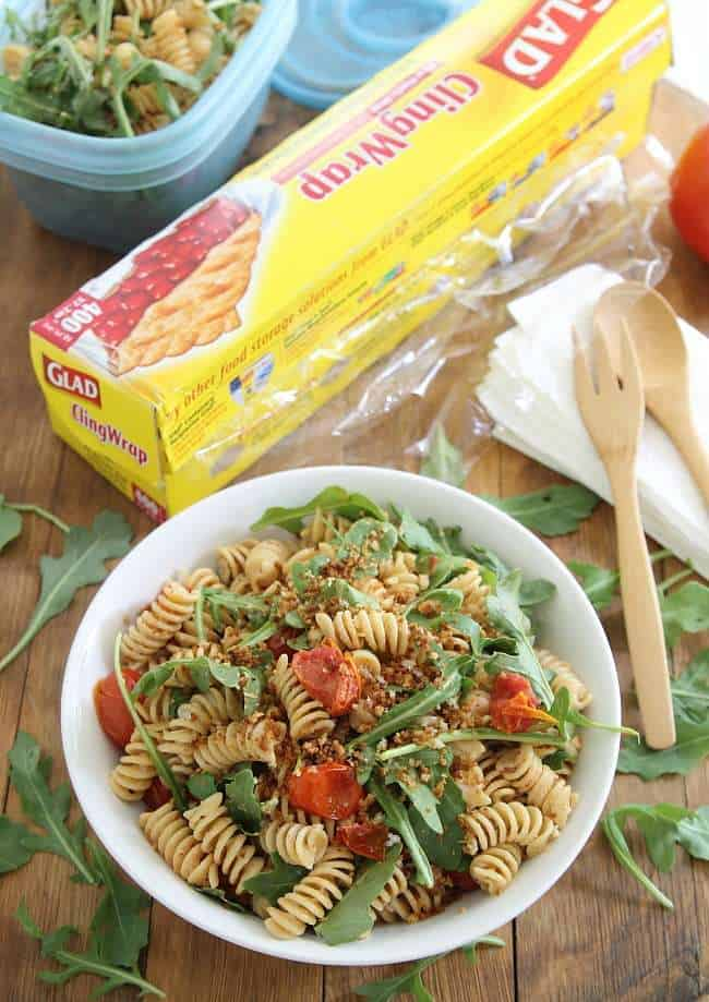 Cream cheese pasta salad with bacon, arugula and tomatoes
