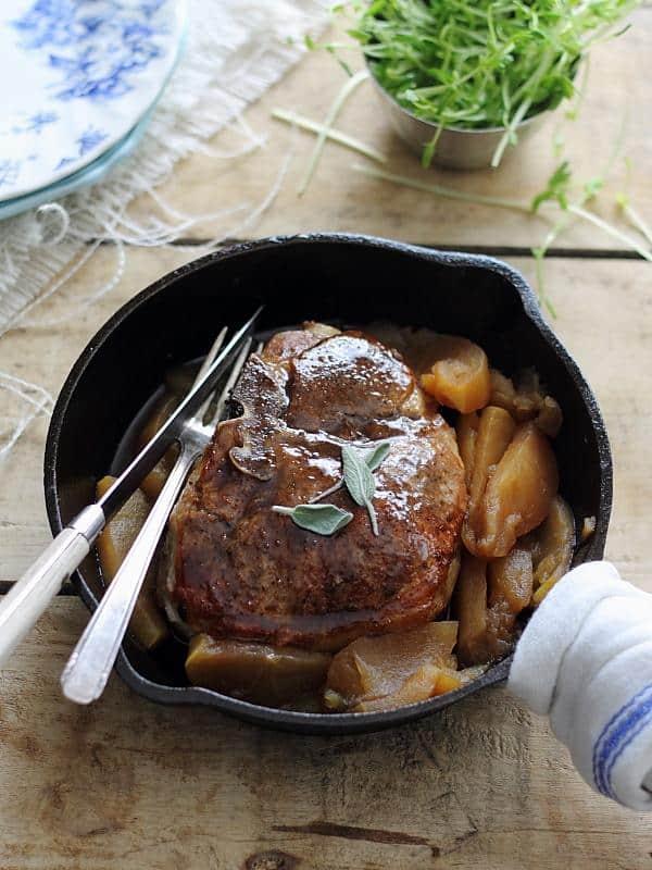Sweet pumpkin tea glazed pork chops and apples