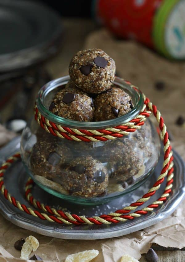 Gingerbread chocolate chip snack bites