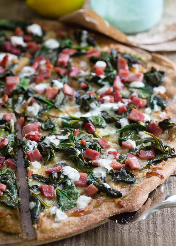 Crispy ham and spinach pizza