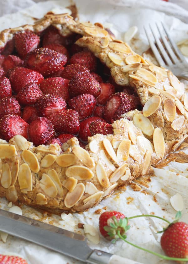 Grain Free Strawberry Almond Galette makes a showstopper of a dessert for any occasion!