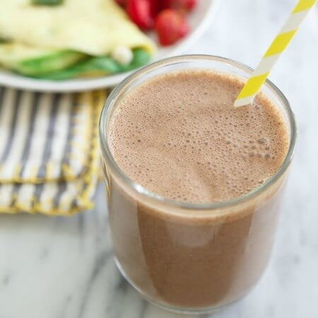 Chocolate cashew butter banana smoothie 450x450