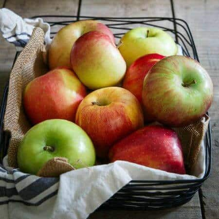 A Guide to Apples 450x450