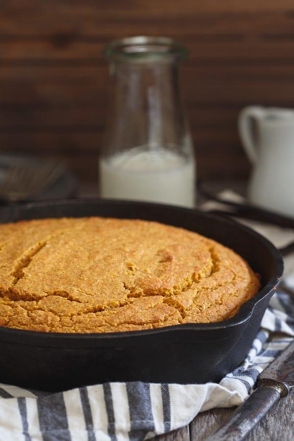 Vanilla pumpkin skillet cornbread